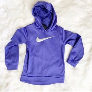 NIKE GIRLS SWOOSH DRI FIT FLEECE HOODIES O230